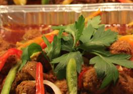 Boulette de viande, poulet & griot